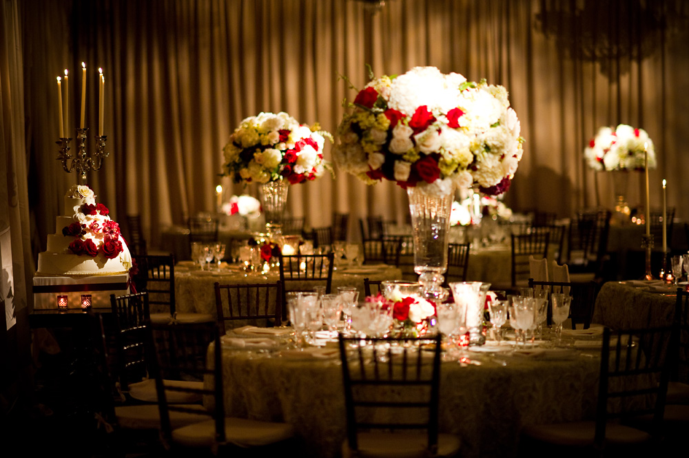 Red, Ivory and Champagne Wedding at the Four Seasons Philadelphia ...