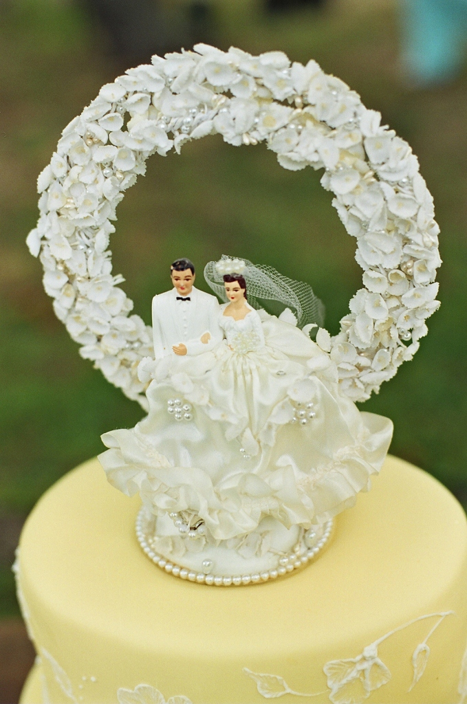 retro wedding cake toppers event design vintage wedding cake toppers evantine 19202