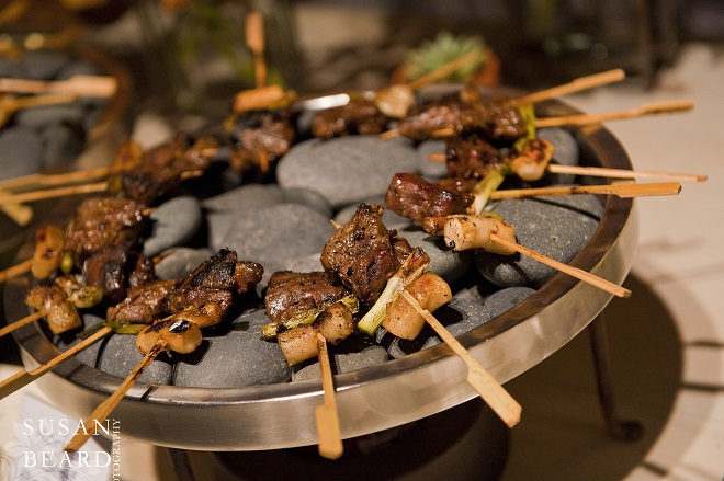 Meats grilled on the Hot Rocks Food Station by Leslie Rosen Catering. Evantine Design.